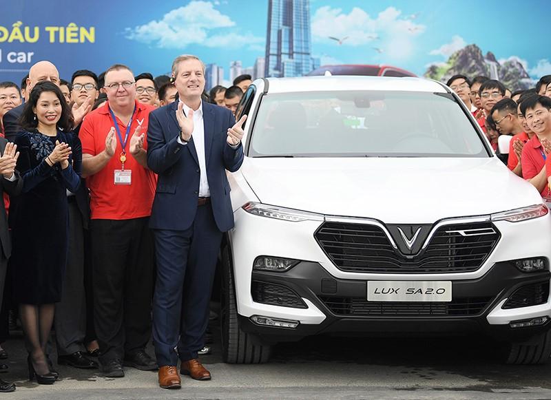 VinFast LUX SA2.0 chính thức chạy thử tại Việt Nam 10