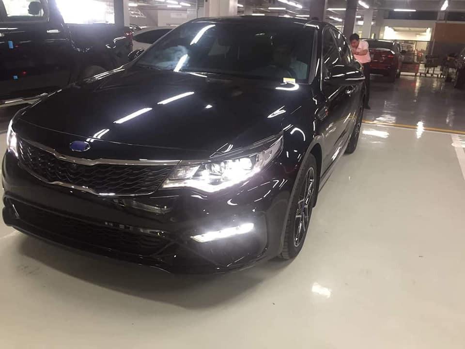 Xe Kia Optima facelift 2019