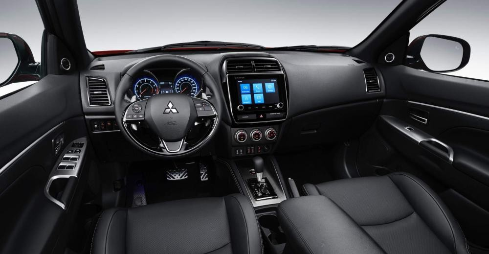 Nội thất Mitsubishi Outlander Sport
