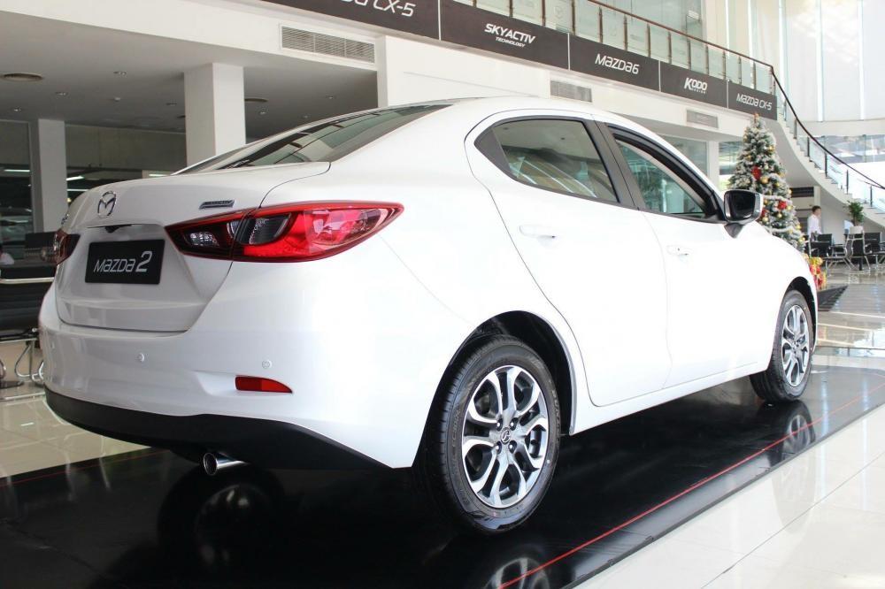 Bán Mazda 2 nhập khẩu Thái Lan, hỗ trợ vay 90%, LH 0909 417 798