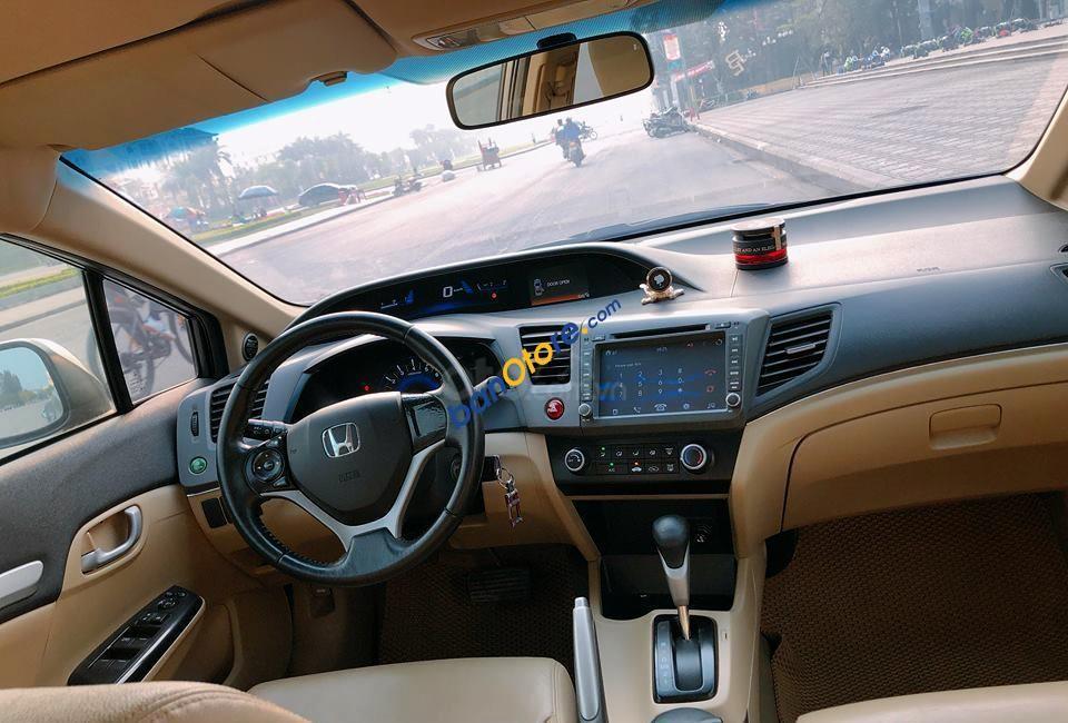 Cần bán Honda Civic 1.8L AT năm 2012, màu xám