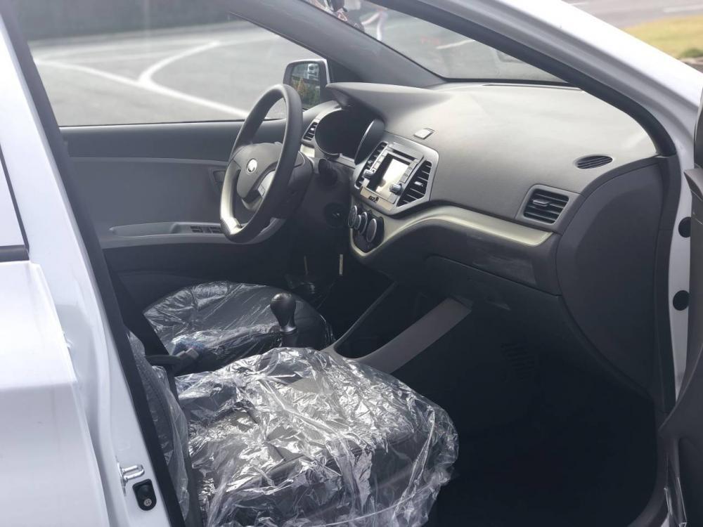Bán ô tô Kia Morning 2019, màu bạc, chỉ 80tr có xe