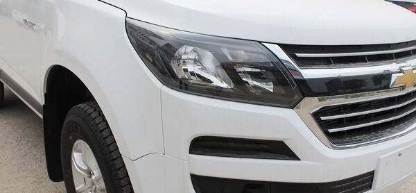 Bán ô tô Chevrolet Colorado model 2019, màu trắng