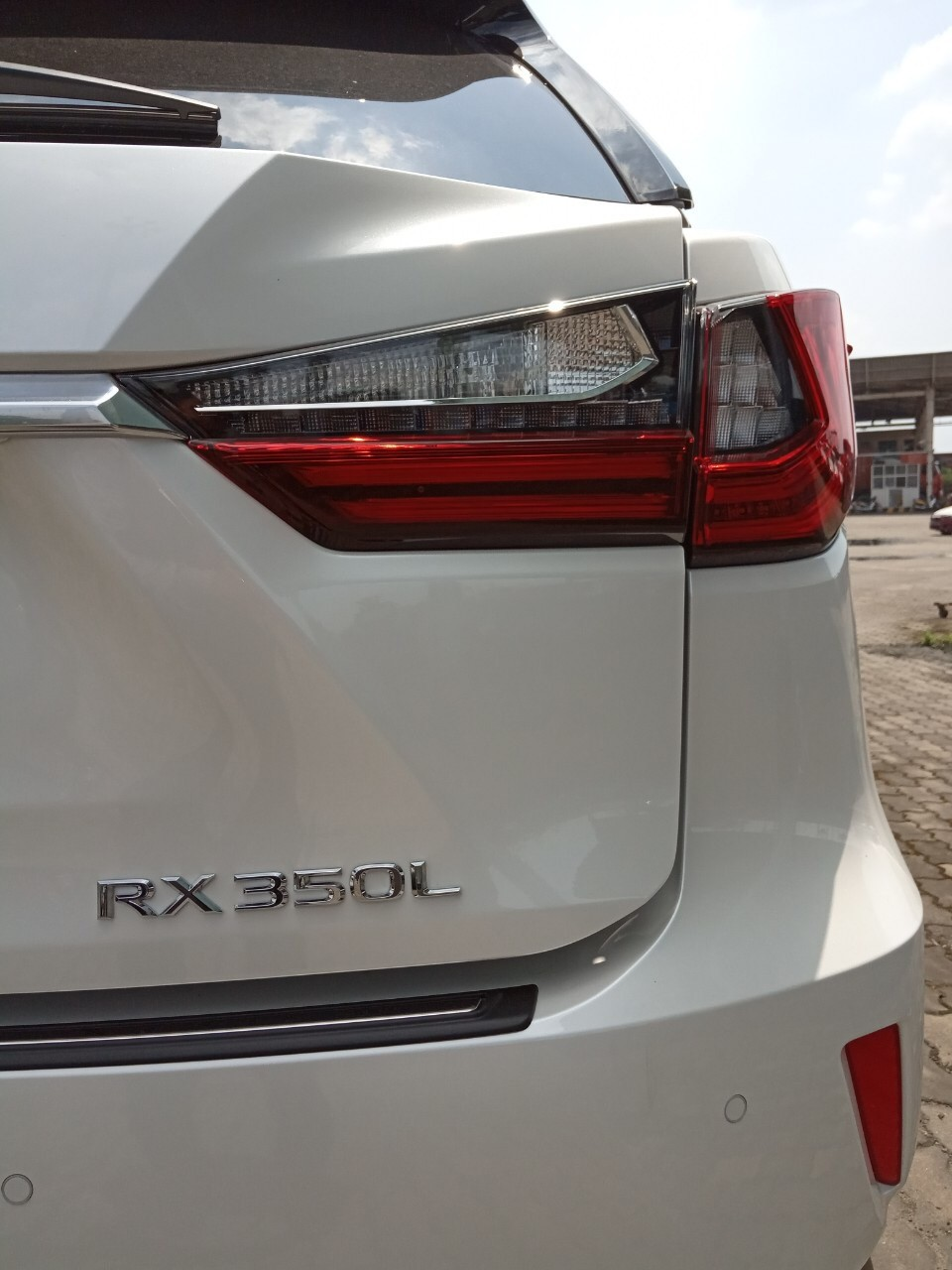 Giao ngay Lexus RX350 L 2019, màu trắng, nhập khẩu Mỹ mới 100%