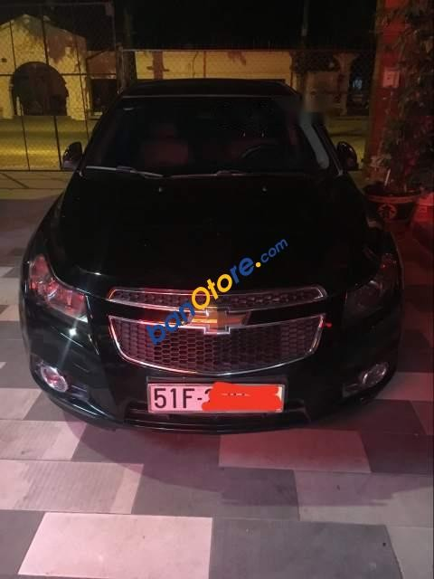 Cần bán Chevrolet Cruze sản xuất 2015, màu đen chính chủ