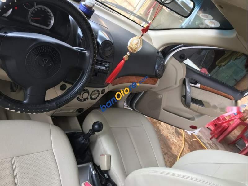 Bán xe Daewoo Gentra MT sản xuất 2008, màu bạc, 175tr