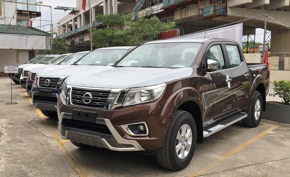Xe Nissan Navara