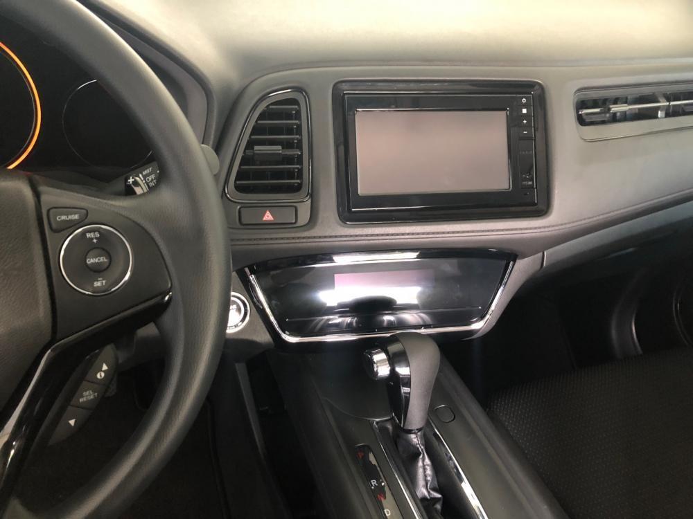 Bán Honda HRV G năm sản xuất 2019, màu trắng, nhập khẩu nguyên chiếc giá cạnh tranh