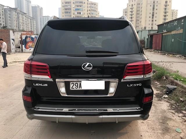 Bán Lexus LX570 sản xuất 2010, xe đã lên phom 2015 biển Hà Nội