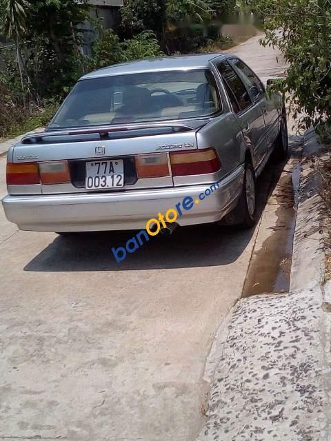 Bán xe cũ Honda Accord đời 1992, màu bạc, xe nhập