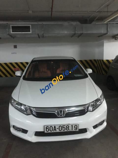 Bán Honda Civic 2012, màu trắng, sử dụng giữ gìn, cẩn thận