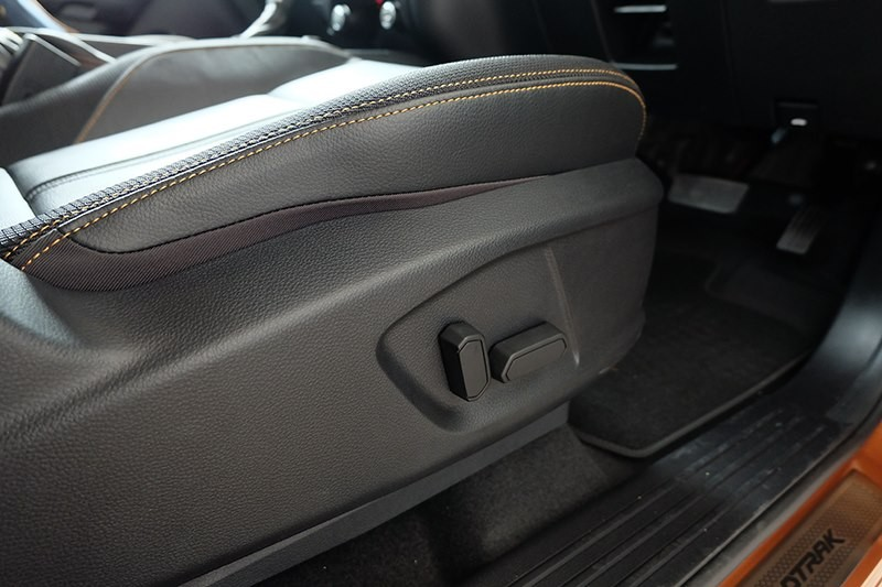 Ford Ranger Wildtrak 2.0 Biturbo 2019, liên hệ nhận giá tốt nhất, xe đủ màu giao liền