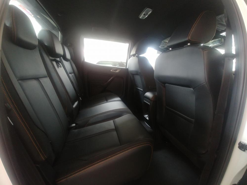 Xe Ford Ranger Wildtrak 2 cầu số tự động 2019 nhập khẩu nguyên chiếc
