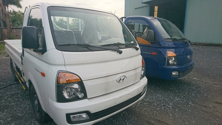 Bán Hyundai Porter thùng lửng 1.5T 2019, màu trắng, giao ngay