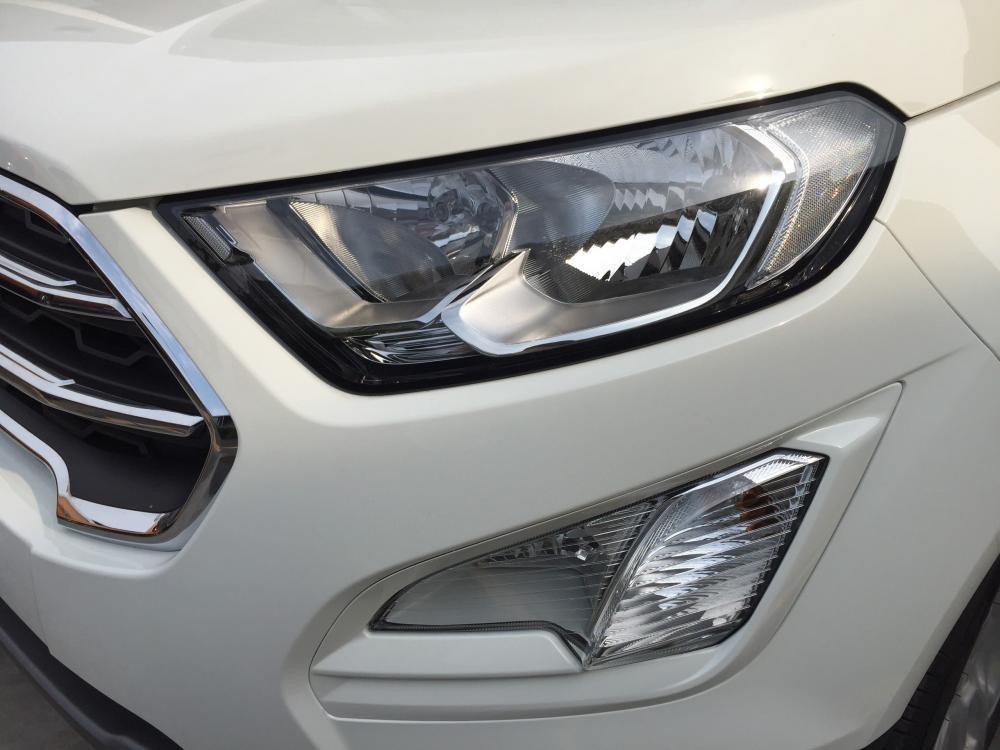 Bán xe Ford EcoSport 2019, giá tốt, hỗ trợ trước bạ, tặng bảo hiểm vật chất, có xe giao ngay