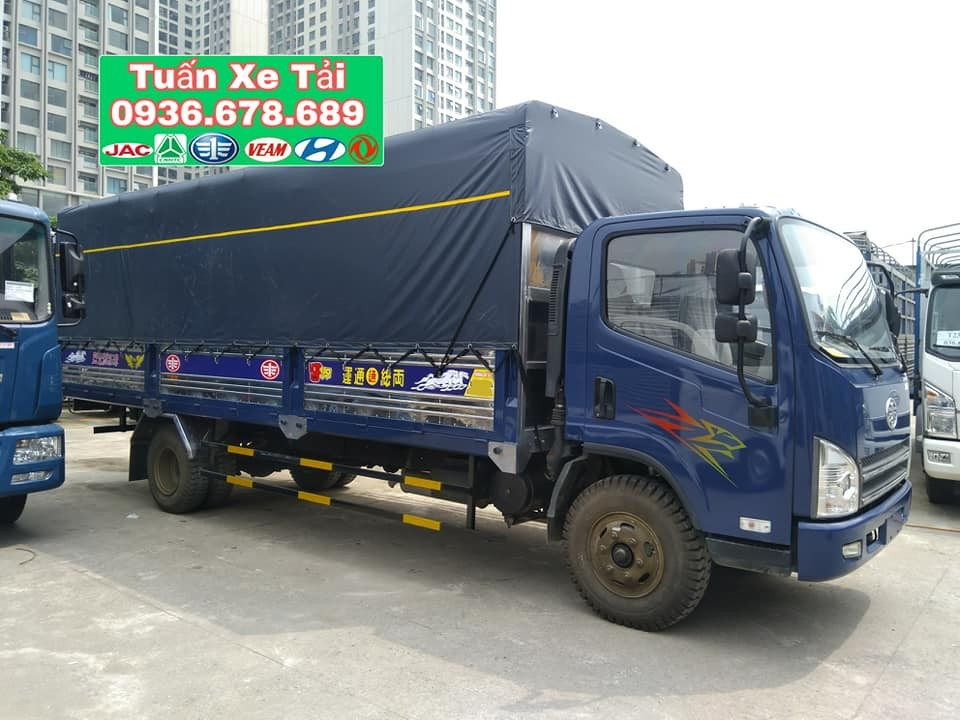 Cần bán xe FAW xe tải thùng sản xuất 2017, 580tr