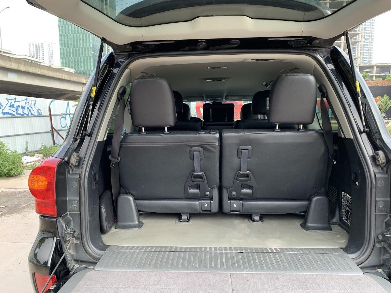 Bán Toyota Land Cruiser VX sản xuất 2014, biển Hà Nội