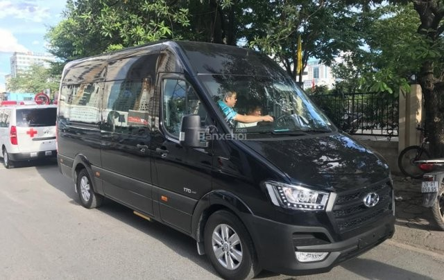 Bán Hyundai Solati Thanh Hóa 2019 rẻ nhất chỉ 300tr, vay 80%, LH: 0947371548