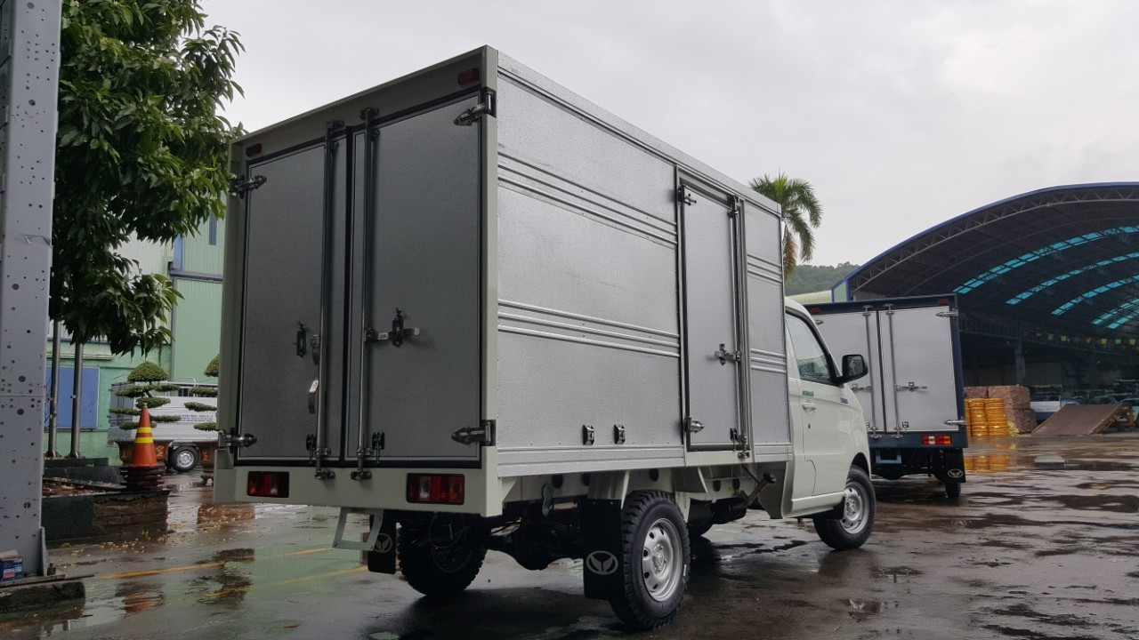 Bán xe tải Kenbo thùng kín 900 Kg