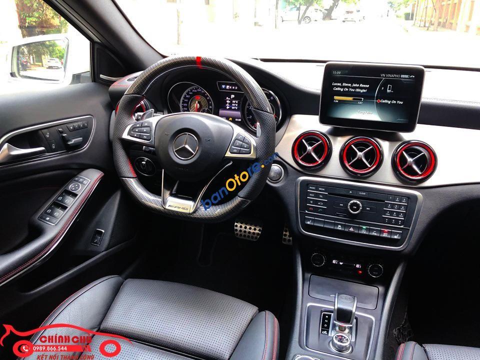 Bán Mercedes GLA45 AMG năm 2016, màu trắng, xe nhập