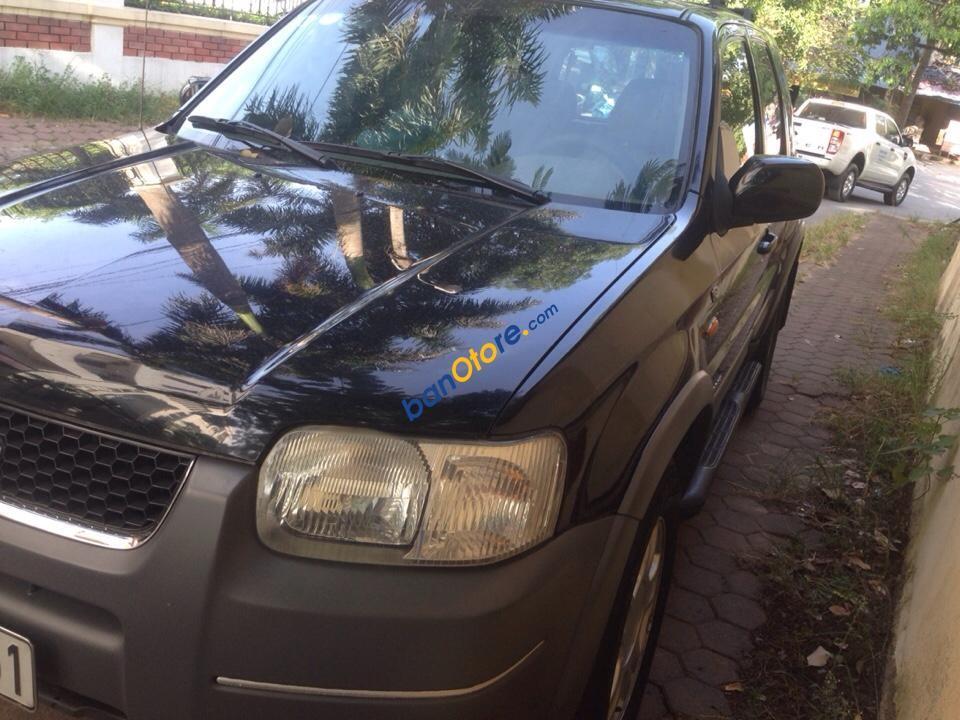 Cần bán xe cũ Ford Escape XLT năm 2004, màu đen