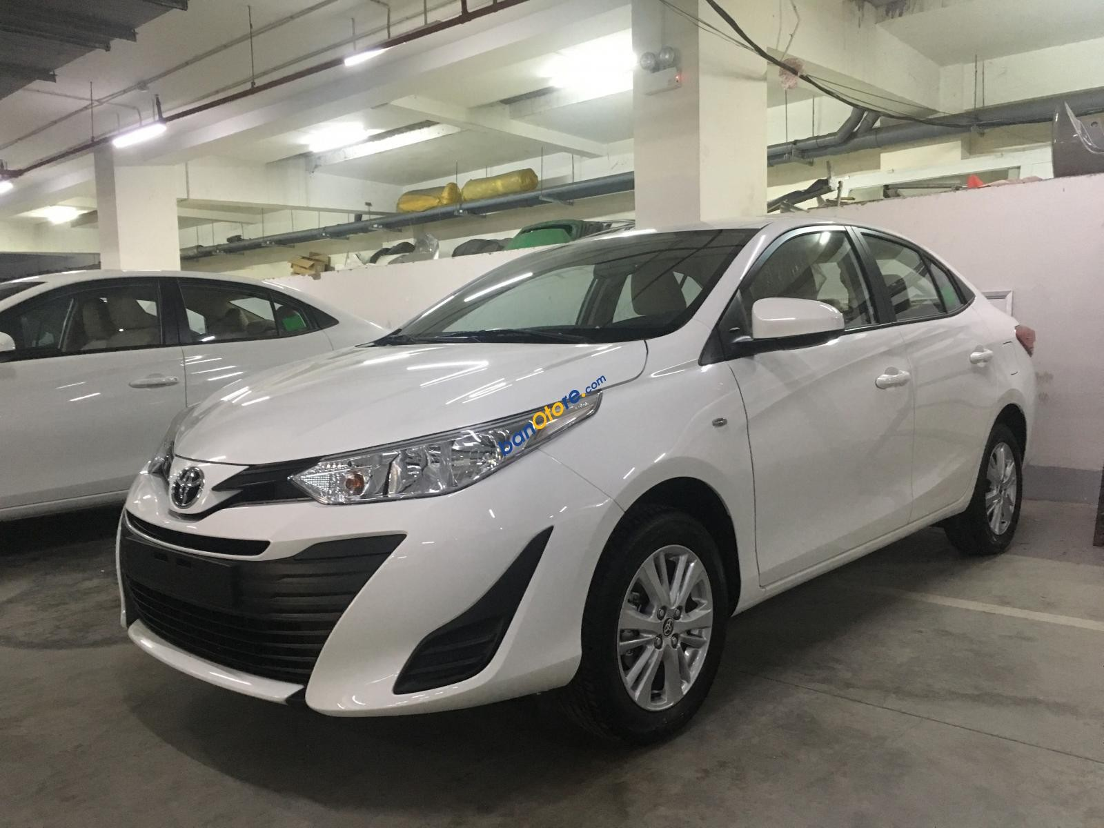 Cần bán Toyota Vios năm 2019, màu trắng giá cạnh tranh