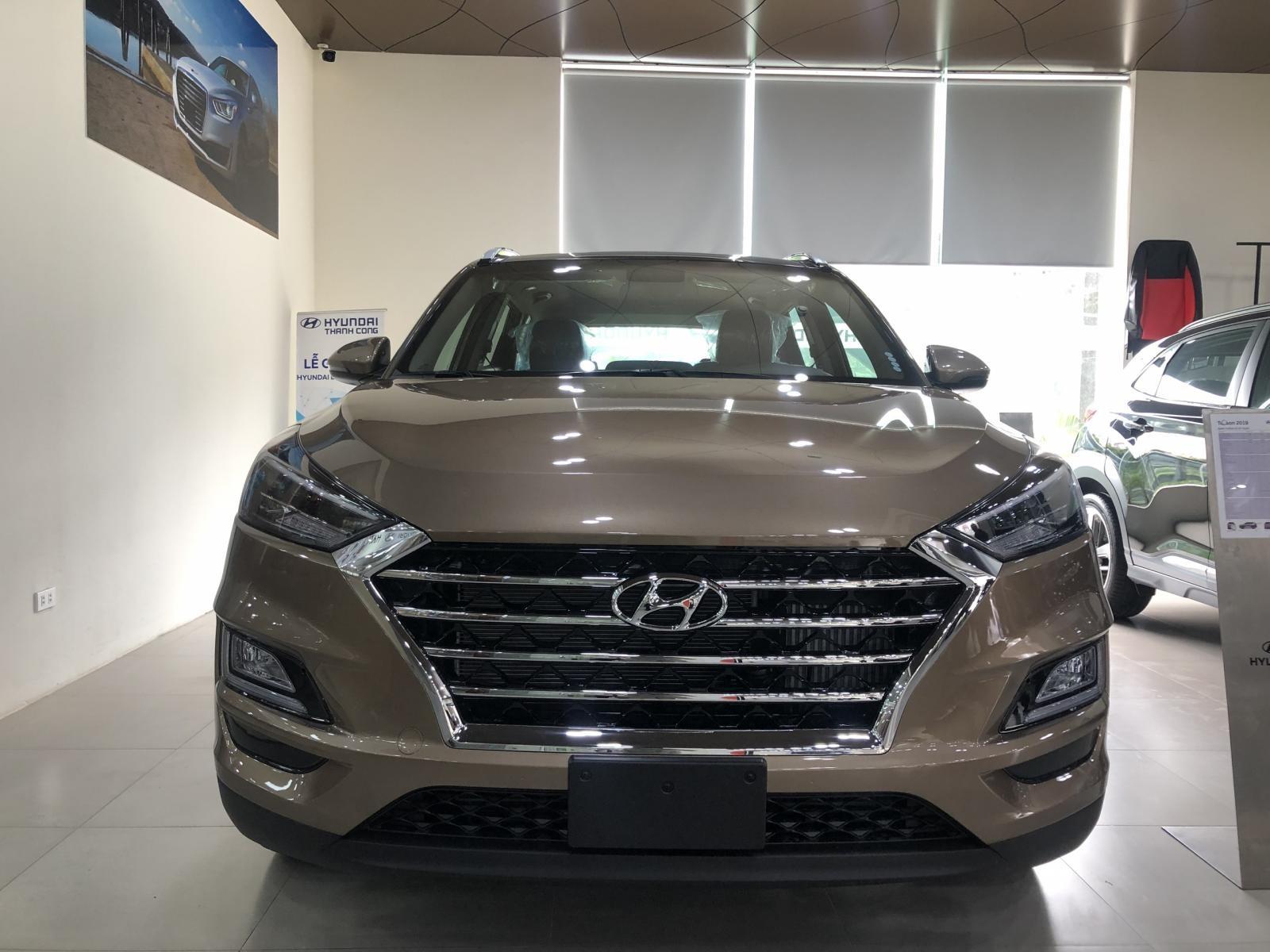 Cần bán xe Hyundai Tucson năm sản xuất 2019