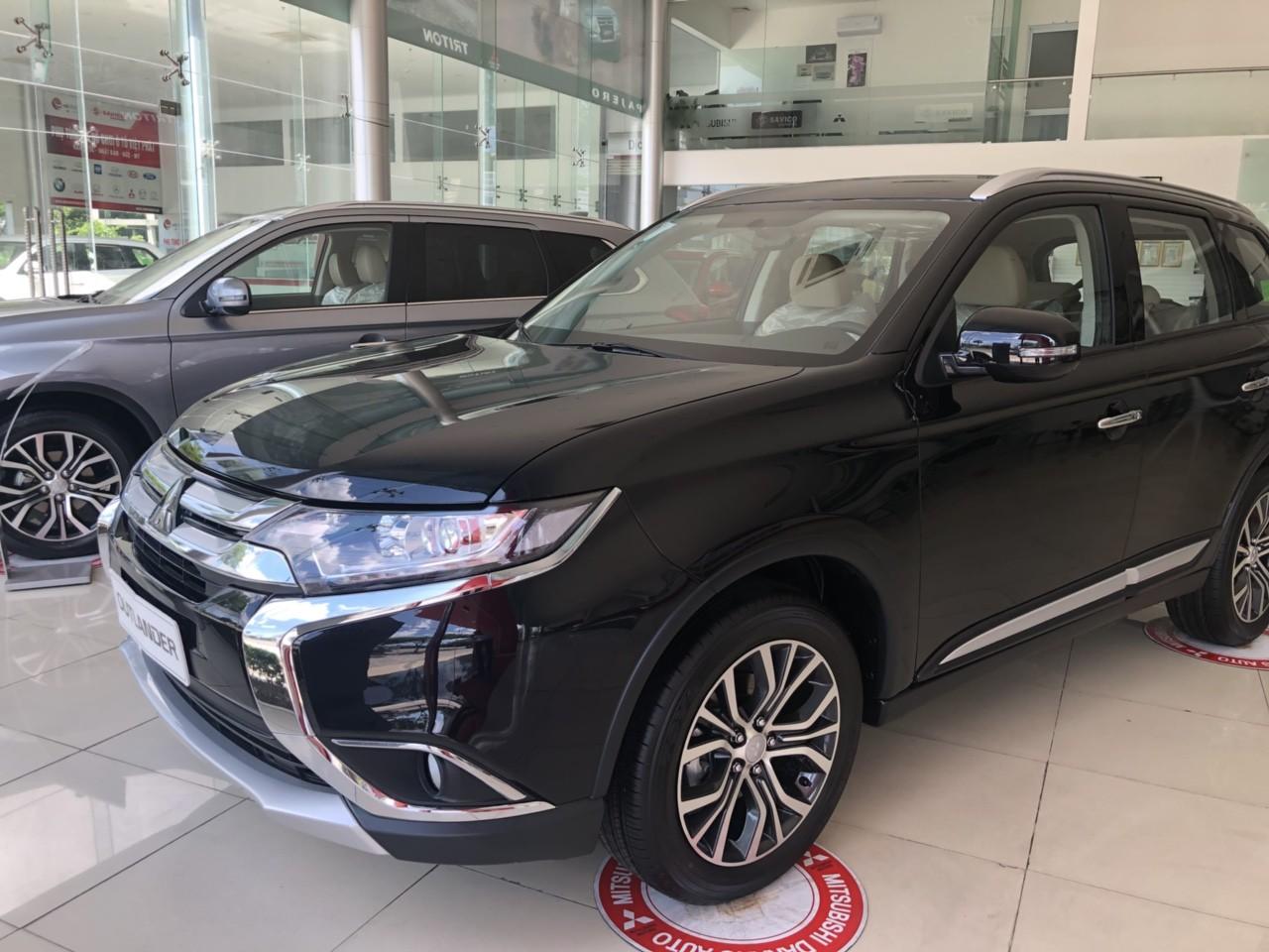 [QUÁ HOT] Outlander 2019 ở Quảng Nam, lợi xăng 7L/100km, giá ưu đãi cho vay đến 80%