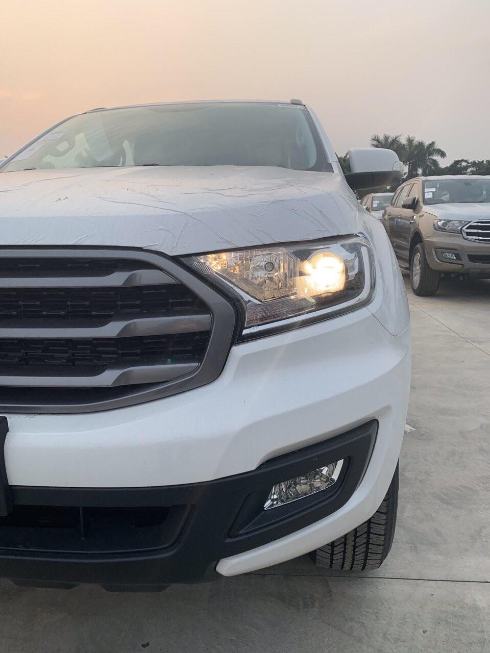 Bán Ford Everest - giảm giá cực khủng