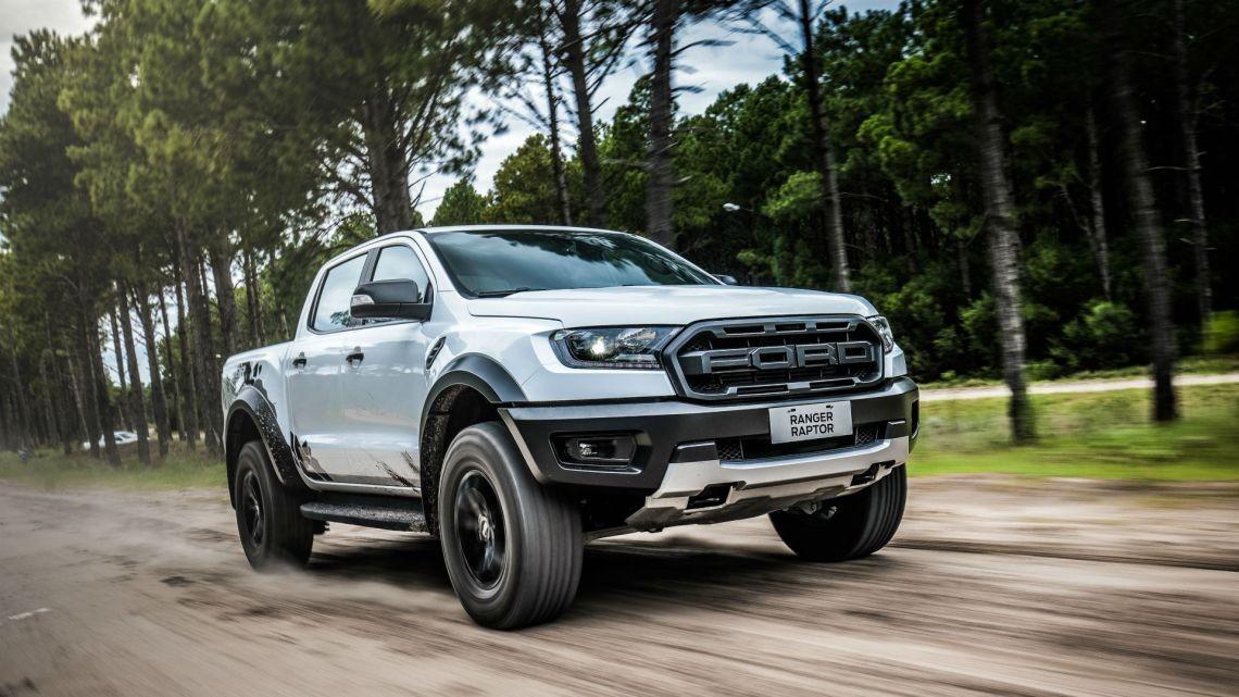 Đánh giá Ford Ranger Raptor 2019