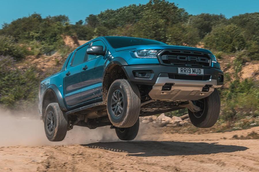 Ford Ranger Raptor mang lại trải nghiệm lái cực thú vị
