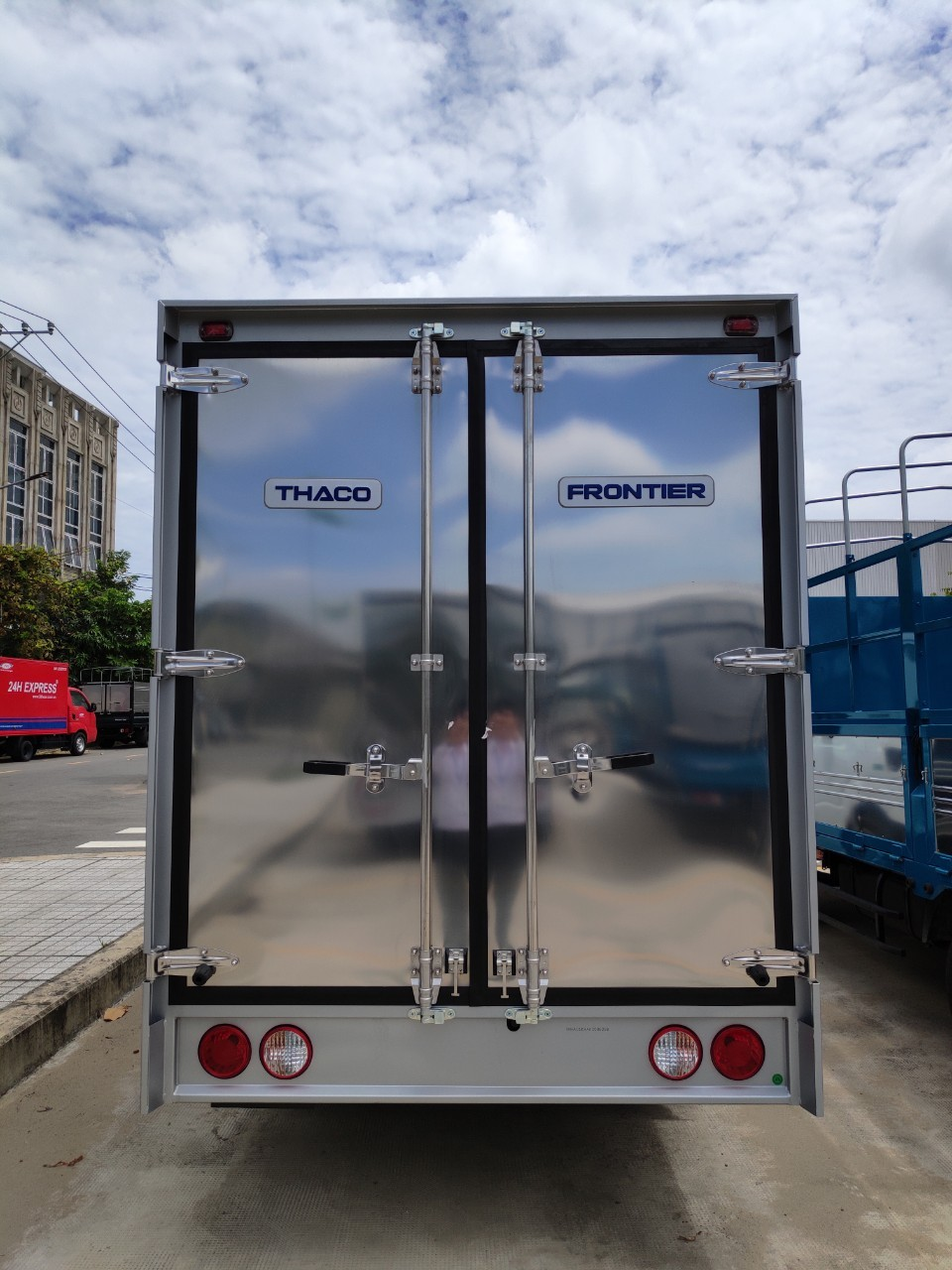 Xe tải Kia 1 tấn 4 - 1 tấn 9 - Hỗ trợ vay 70% - LH: 0938.802.127