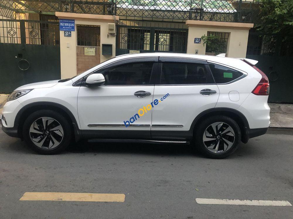 Bán ô tô Honda CR V sản xuất 2017, màu trắng, giá 850tr