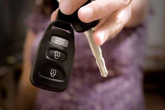 Thủ tục đăng ký ô tô mới người mua xe cần biết 3a