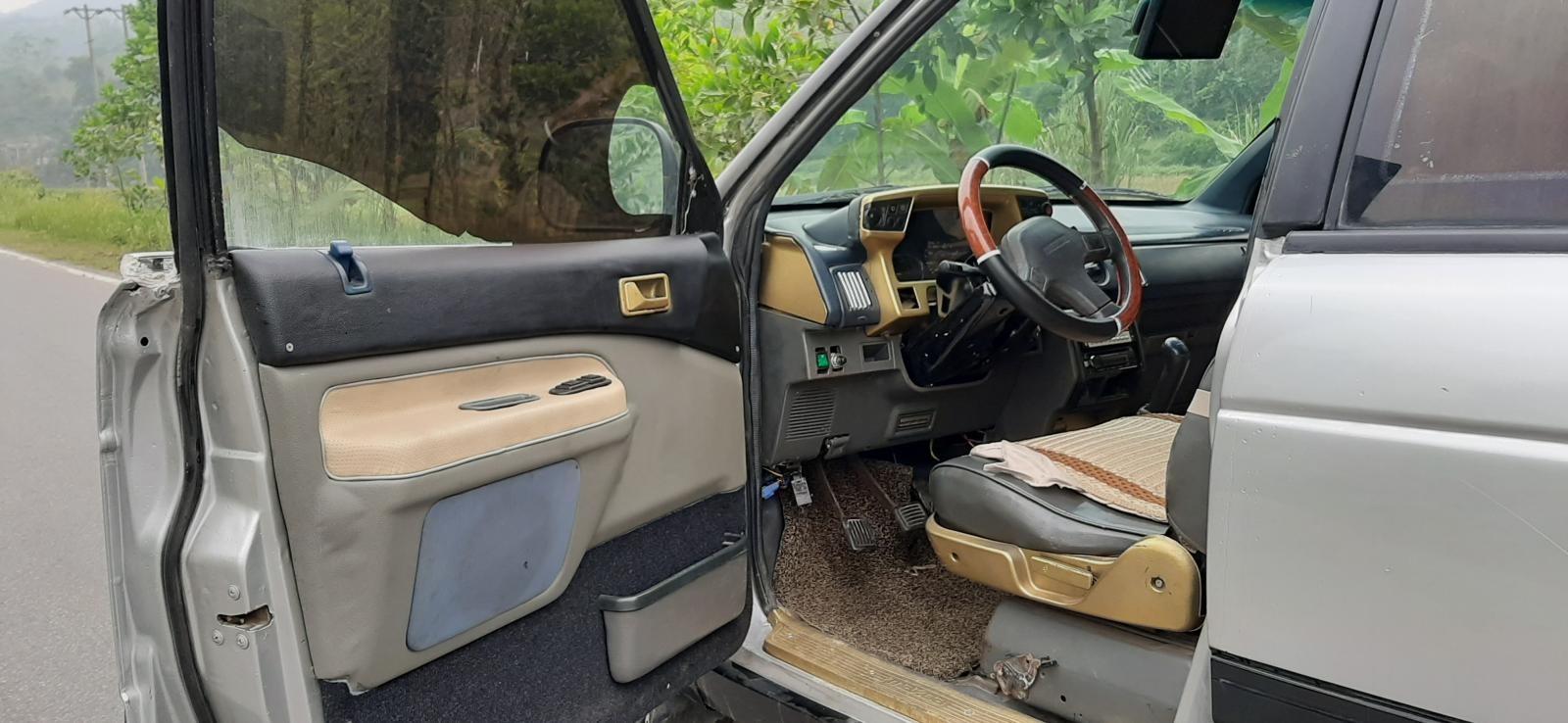 Bán xe Mazda nhập khẩu, máy dầu, giá 98 triệu