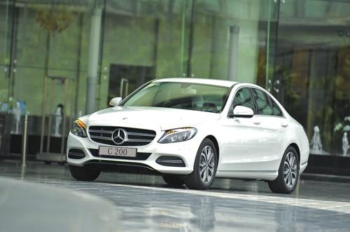 Mercedes C200 2017 được đánh giá là Tiểu S-Class