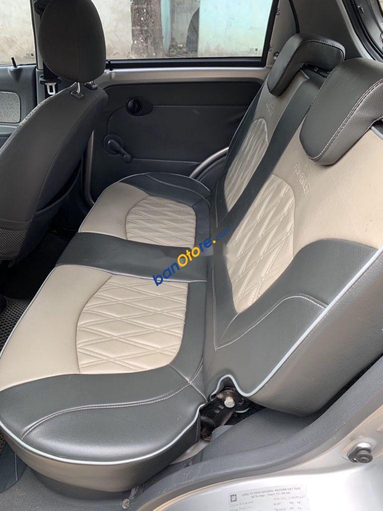 Bán Chevrolet Spark sản xuất năm 2014, màu bạc