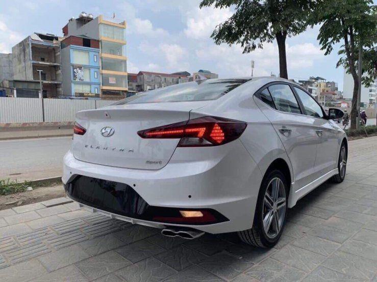 Hyundai Elantra 2020, đủ màu giao ngay