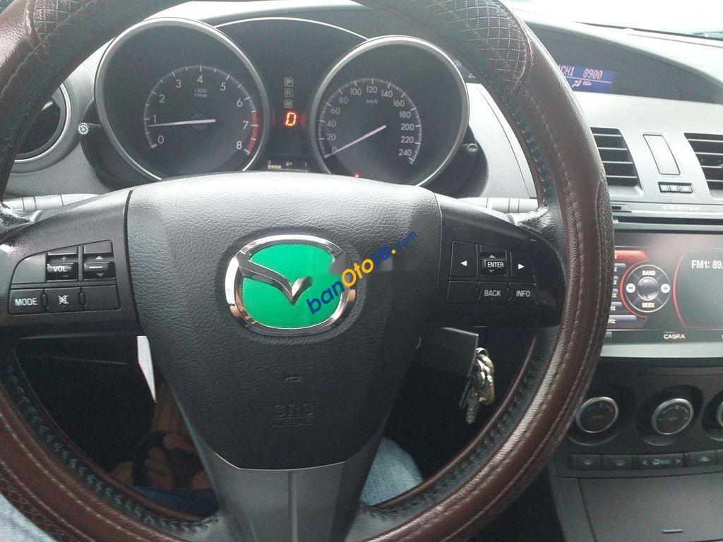 Bán ô tô Mazda 3 năm 2014, màu bạc, nhập khẩu còn mới