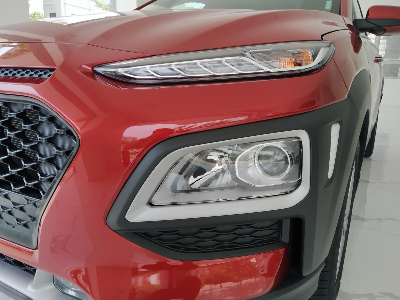 Hyundai Kona AT cập nhật giá tốt thị trường Việt Nam