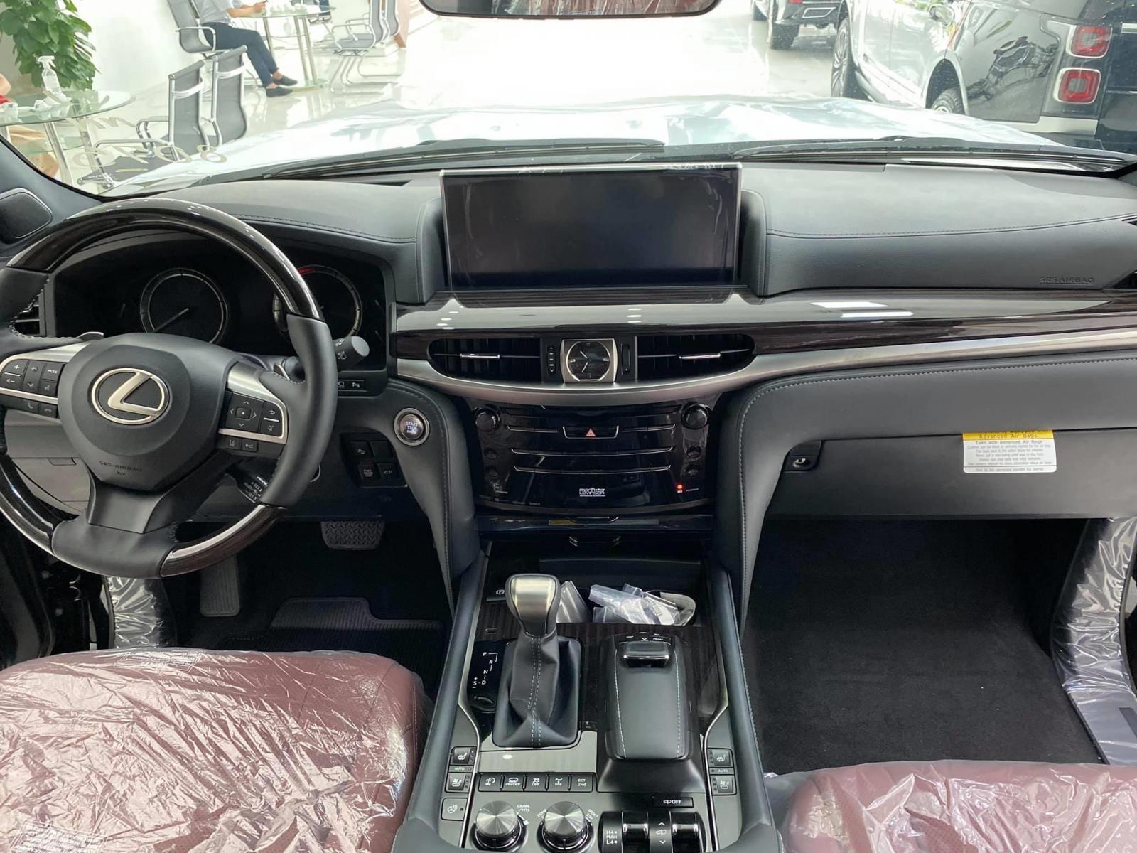 Lexus LX570 Super Sport sản xuất 2020, xuất Mỹ, màu đen, xe giao ngay