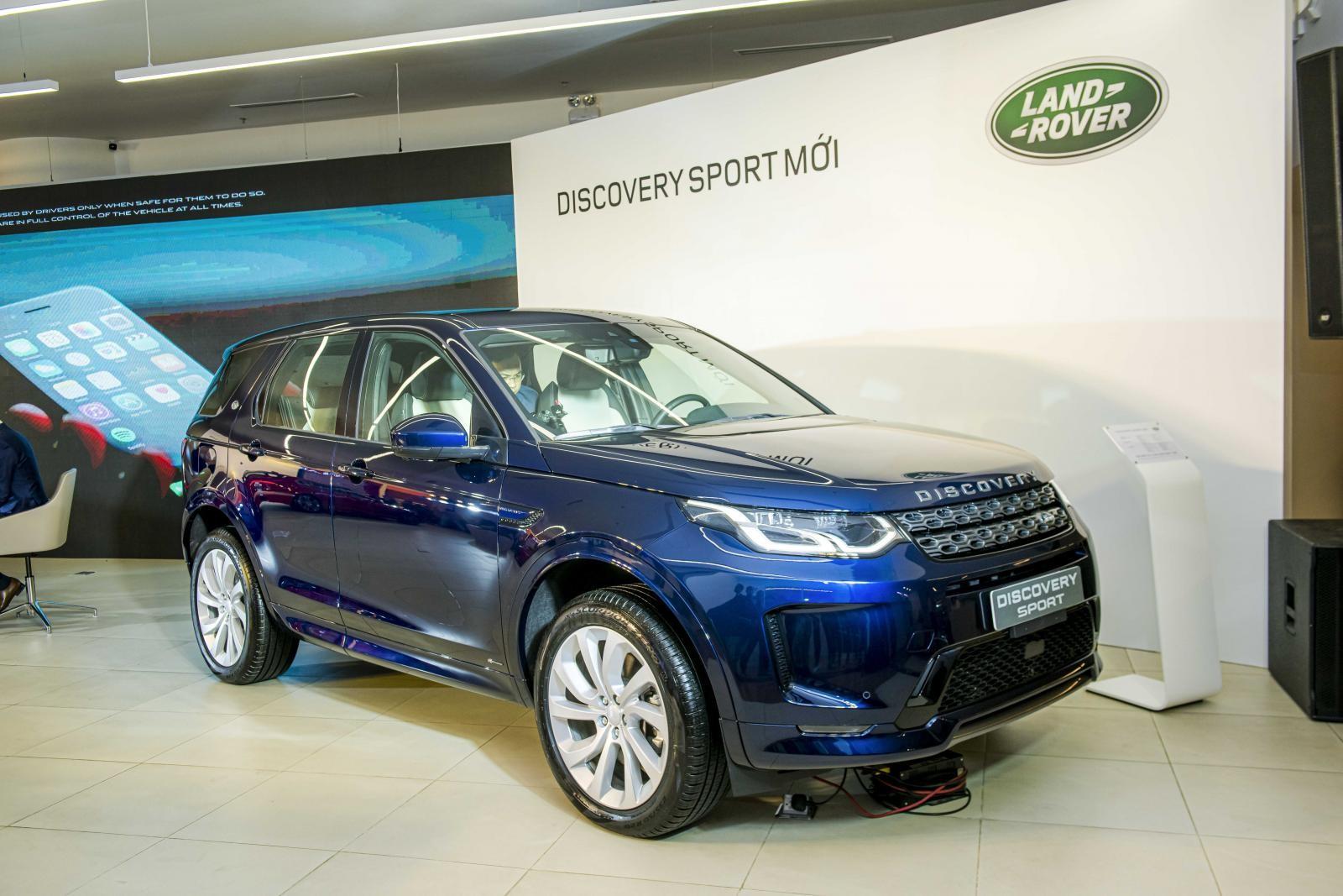 Land Rover Discovery Sport thế hệ mới ra mắt với 5 phiên bản