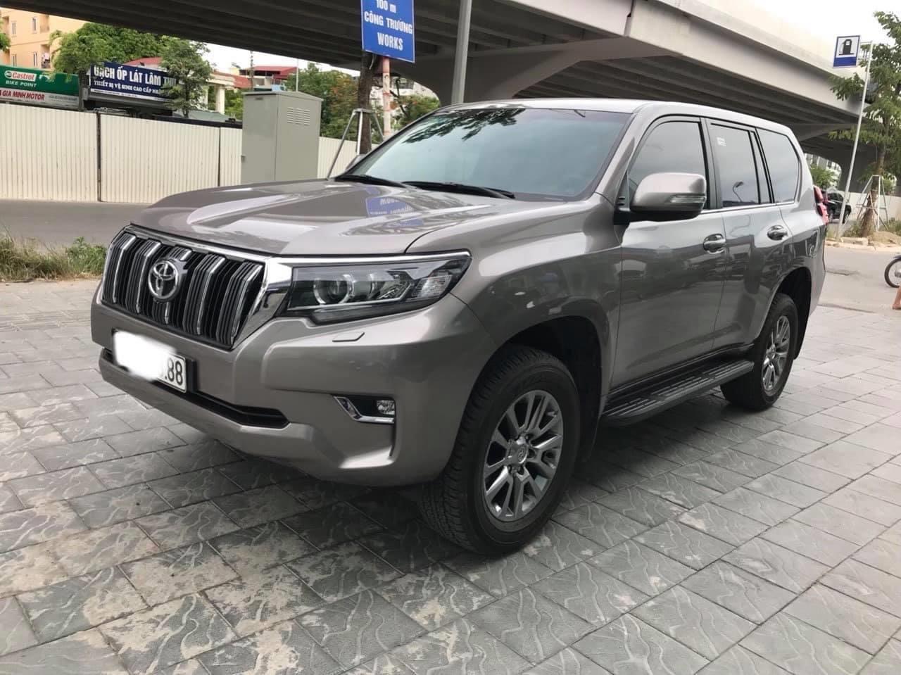 Bán Toyota Prado VX sản xuất và đăng ký 2019,1 chủ từ đầu, lăn bánh chuẩn 1 vạn km