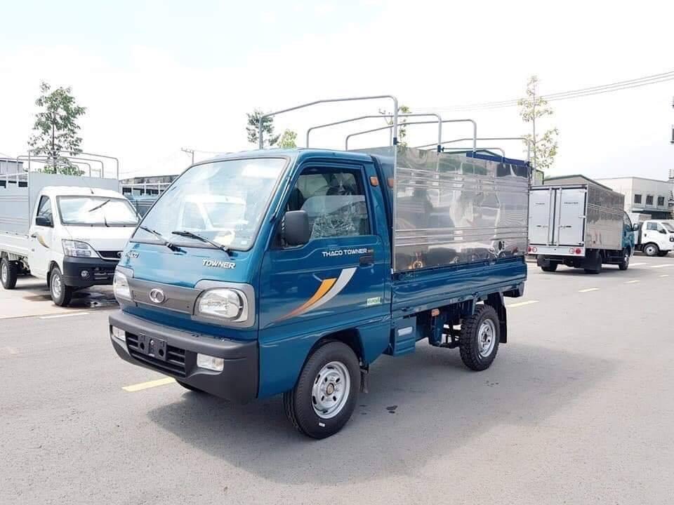 Xe tải thùng mui bạt Thaco Towner 800 tải trọng 9 tạ