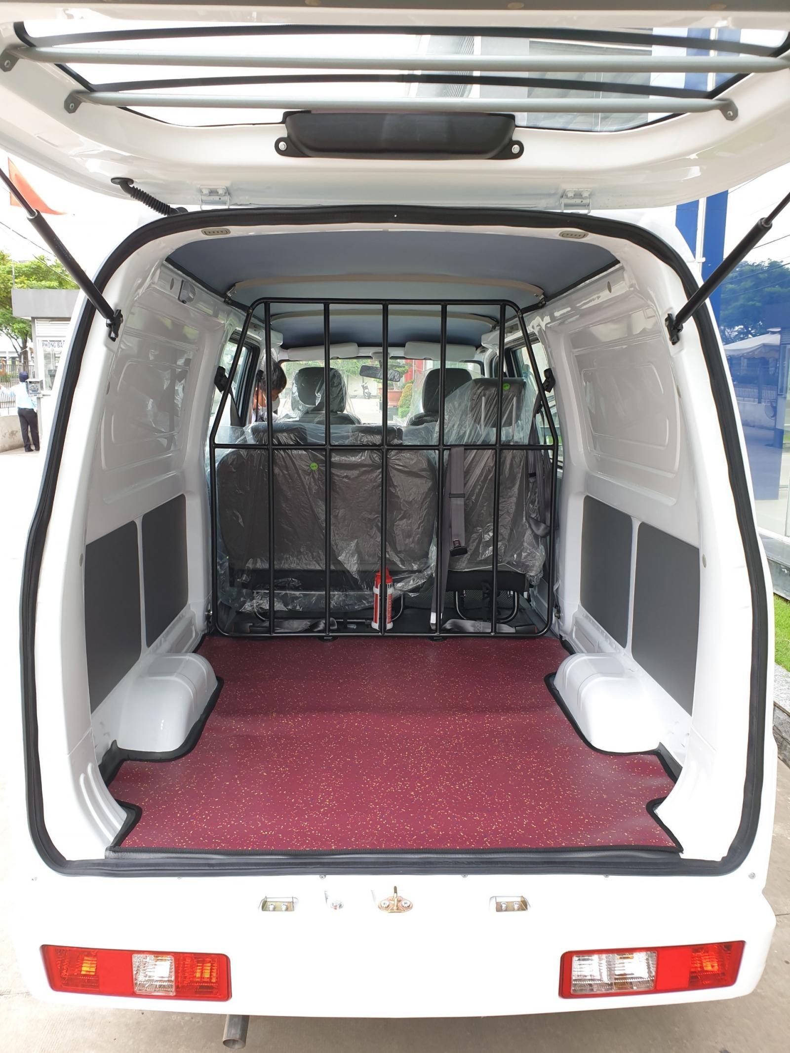 Xe tải van 5 chỗ Thaco, lưu thông 24/24 trong thành phố