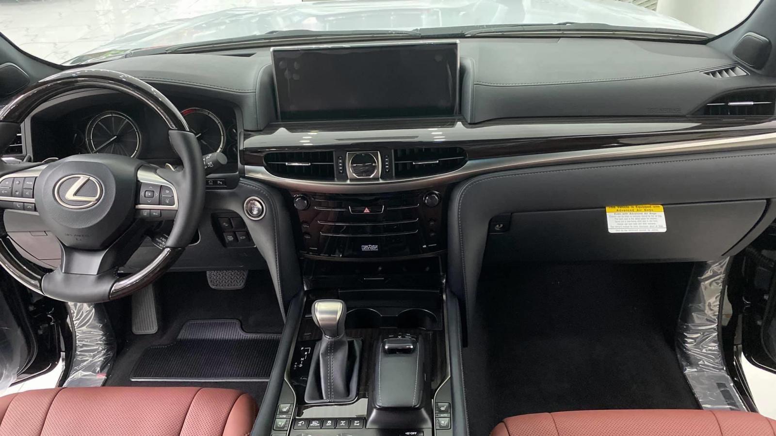 Bán Lexus LX570 Super Sport, bản nhập Mỹ, sản xuất 2020, full kịch đồ, xe giao ngay