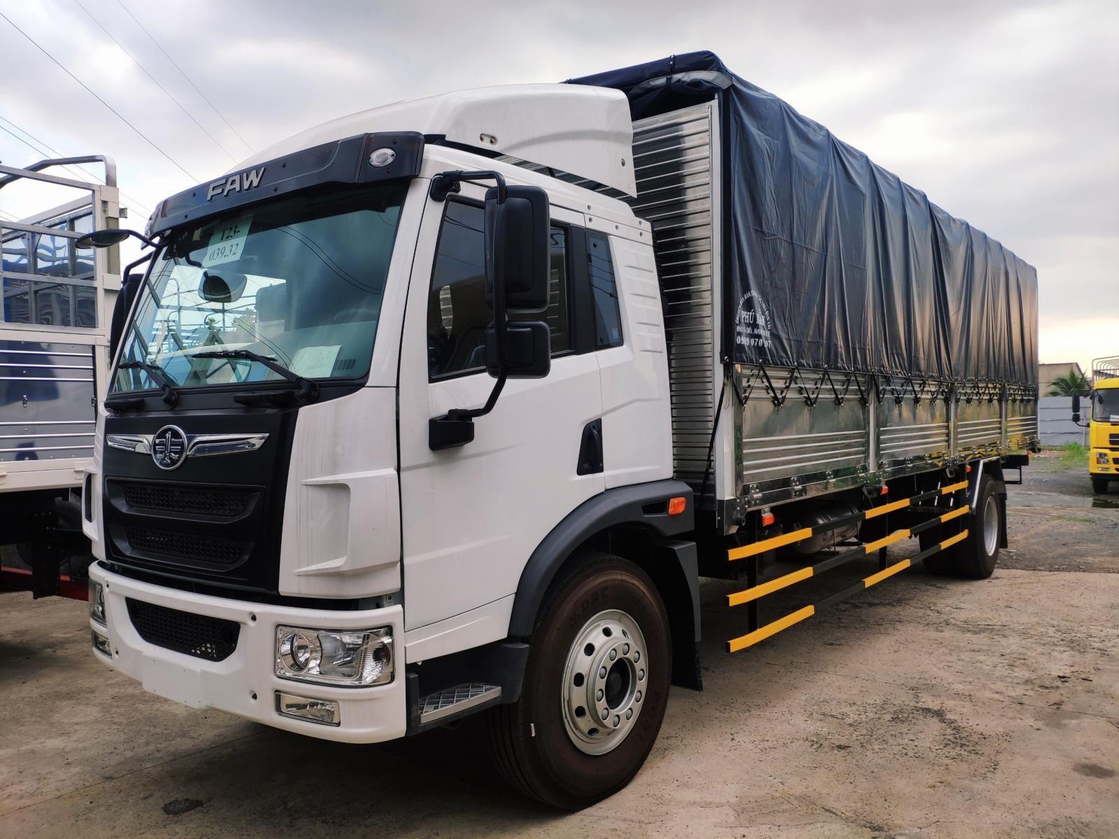 Xe tải Faw 8.2 tấn thùng dài 8.3 mét chở Pallet, hàng cồng kềnh, giá rẻ Bình Dương