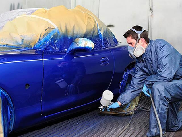 """Sau khi hoàn thành thủ tục đổi màu sơn xe ô tô, chủ xe có thể tự tin mang xe đi """"thay áo mới"""""""