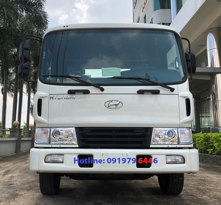 Cần bán xe tải HD240-16,5T thùng bạt 2019, màu trắng, nhập khẩu