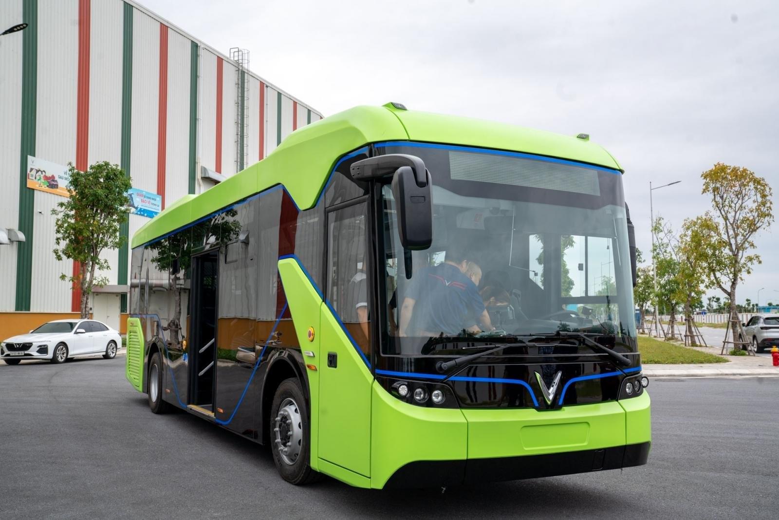 Sắp có xe buýt điện do VinFast sản xuất tại Việt Nam.
